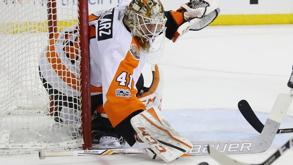 Anthony Stolarz played seven games for the Flyers last