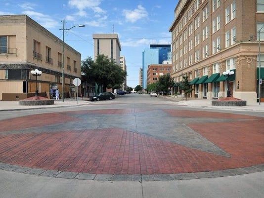 downtown_wichita_falls_10_24159897_ver1.0_640_480.jpg