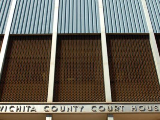 courthouse2_3430408_ver1.0_640_480.jpg