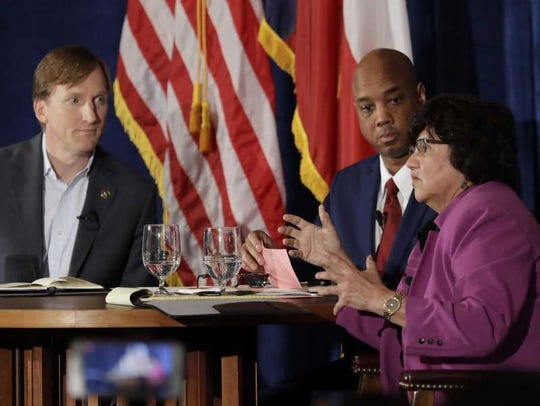 Andrew White and Lupe Valdez debate in Austin on May