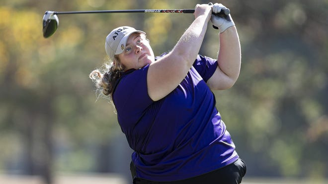 Williamsville's Fatih Davis tees off on the No. 16 hole during the Class 1A Taylorville Regional at the Lake Shore Golf Course, Wednesday, October 7, 2020, in Taylorville, Ill. Davis shot a 4-over-par 76 to win the Class 1A Taylorville Regional title and clinched her second straight regional title by three strokes.