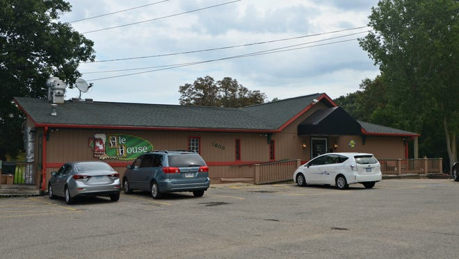 The Ale House and its adjacent golf facility, Springbrook Golf Course, has been listed for sale in Springfield.