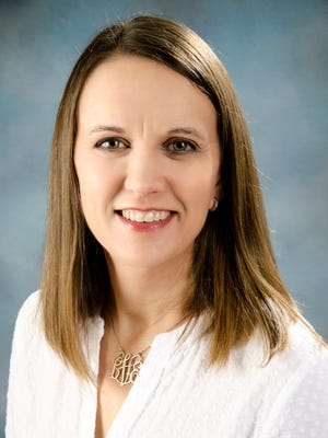 Laura Vetter, RDN, CDE, CSO, CSP, is an outpatient nutritionist at Saint Peter's University Hospital in New Brunswick.