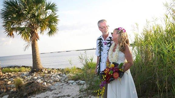 Chris and Stephanie on their Hawaiian-themed wedding day.