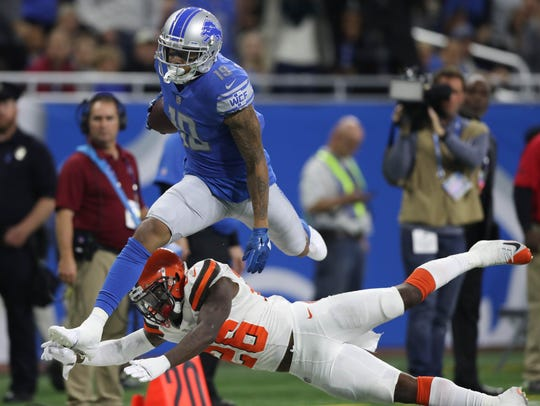 Detroit Lions' Kenny Golladay makes a catch against