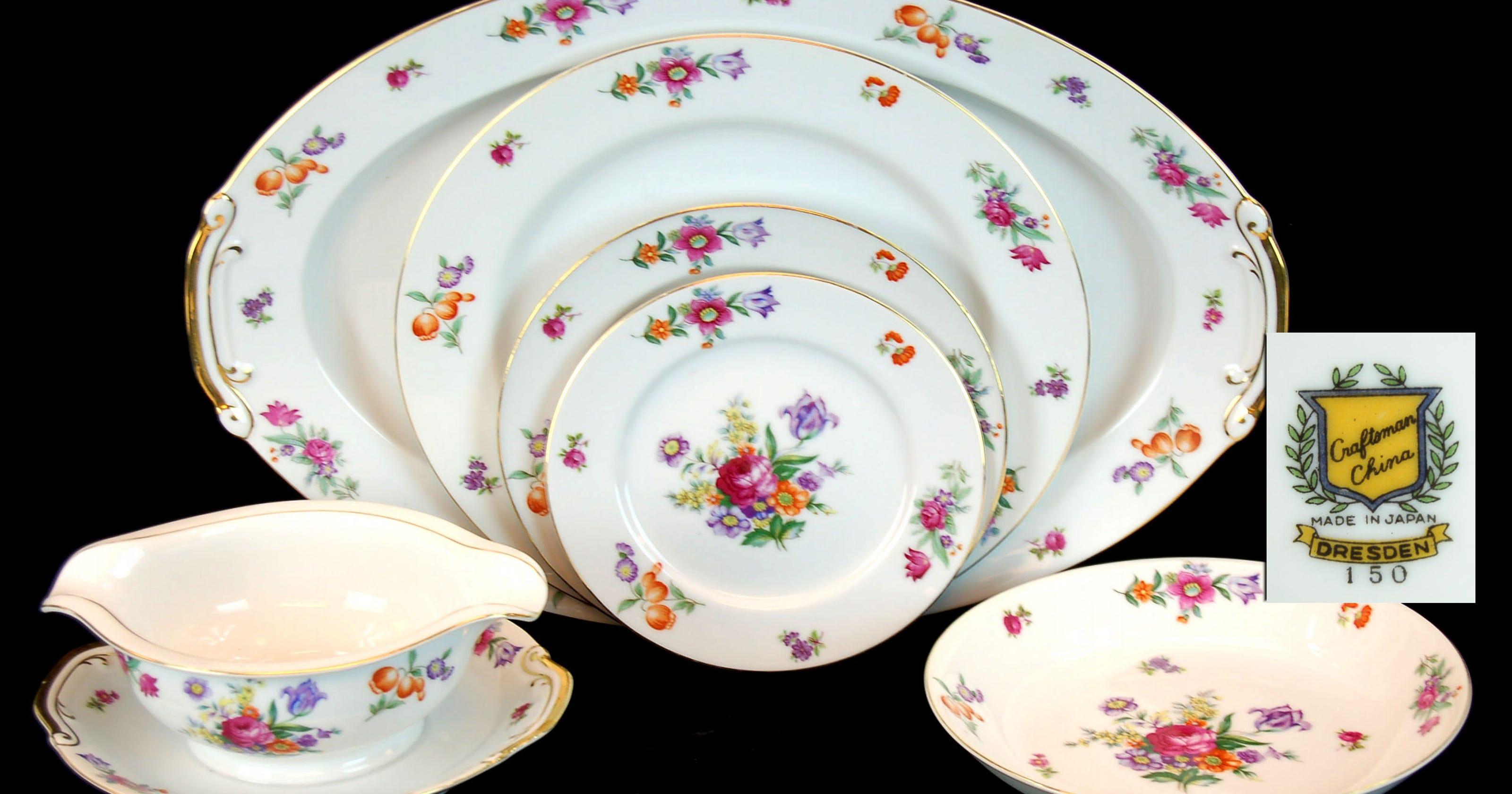 Collectors: Should you hang on to mom's china set?