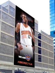 The Suns and city of Phoenix planned to hang a LaMarcus