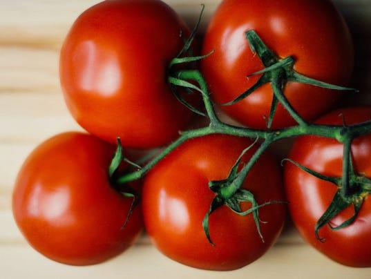 636571449470663045-0323-tomatoes.jpg