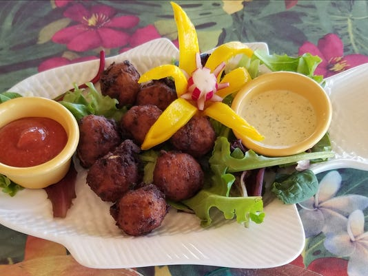 636615679492504979-FLASH-BEACH-GRILLE--Conch-Fritters.jpg