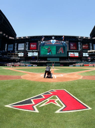 Roof open, Arizona Diamondbacks against the New York Mets in the inning on Wednesday, May 17, 2017 at Chase Field in Phoenix, Ariz.