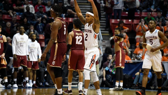 Auburn guard Bryce Brown (2) reacts as time runs out in a first-round NCAA college basketball tournament game against Charleston, Friday, March 16, 2018, in San Diego.