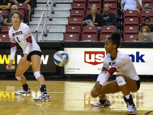 636100779787078573-0910-SPO-LSN-NMSU-VOLLEYBALL-4.jpg