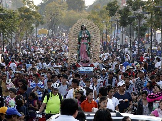 La devoción guadalupana atrae a cientos de peregrinos