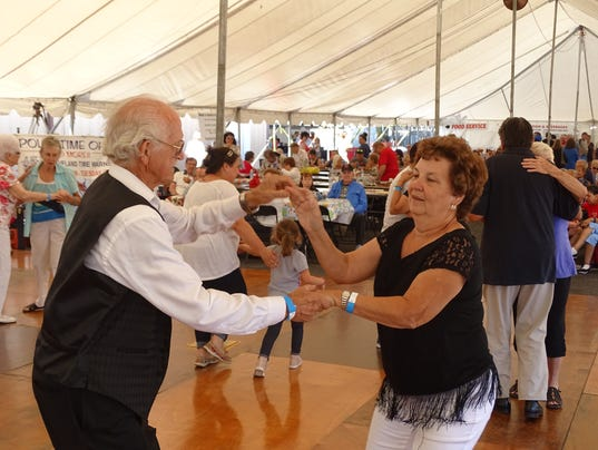 Polka, perch, pierogis, peaches big hits at Port Clinton festivalt