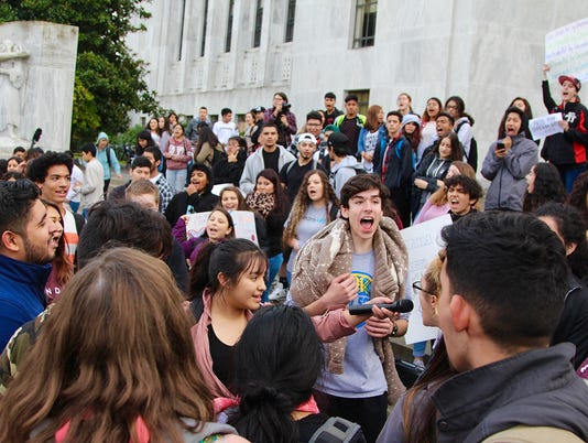 Hundreds of Salem-Keizer students rally at state capitol for DACA