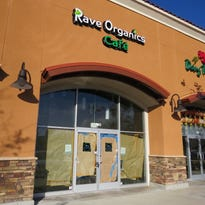 Open and shut: Rave Organics Cafe takes Newbury Park shopping-center space to new level