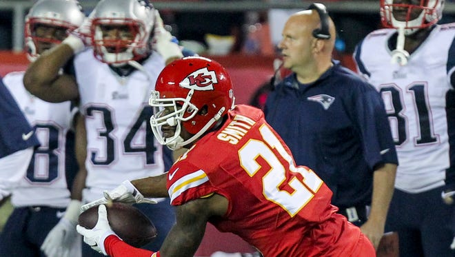 Chiefs cornerback Sean Smith has been suspended the first three games of the 2015 regular season by the NFL after pleading guilty to a drunken driving charge earlier this year.  (AP Photo/Ed Zurga, File)