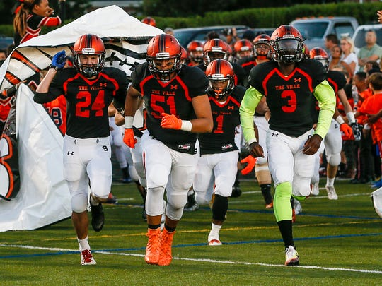 Somerville takes the field to face North Plainfield at Somerville on September 16, 2016.