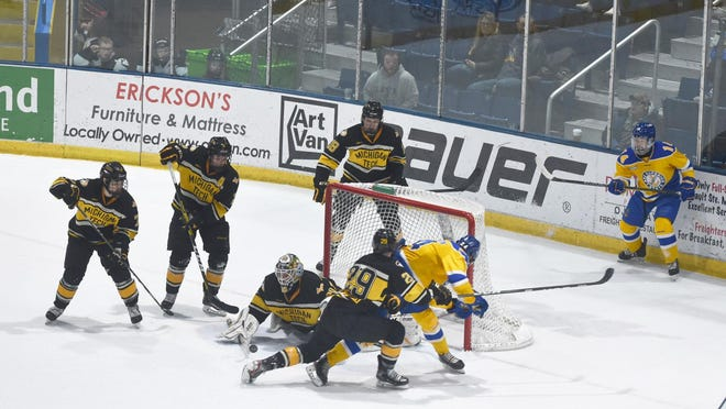 Lake Superior State competes against Michigan Tech in a WCHA game last season. The Lakers are scheduled to play host to the Huskies this Saturday and Sunday at Taffy Abel Arena. No fans are currently allowed at games due to an Emergency Order issued by the Michigan Department of Health and Human Services.