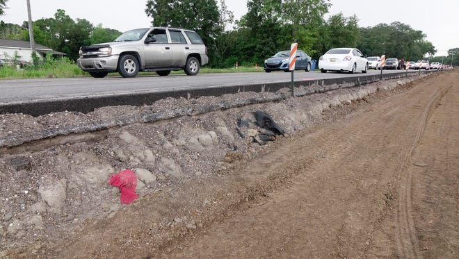 Construction on the widening of Verot Schooi Road near South Beadle Road in Lafayette Tuesday, August 22, 2017.