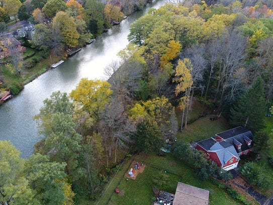 The Canal Corp. plans to remove trees and other vegetation
