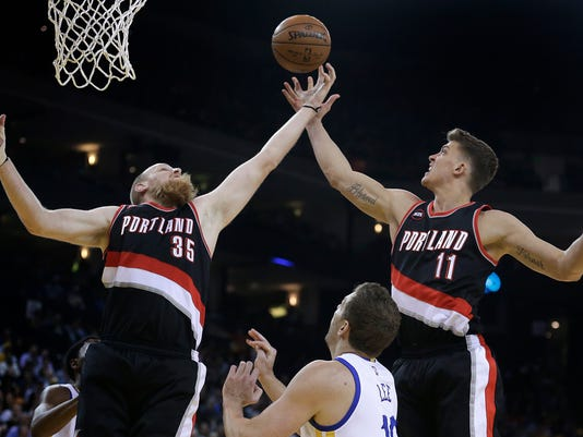 Chris Kaman, Meyers Leonard, David Lee