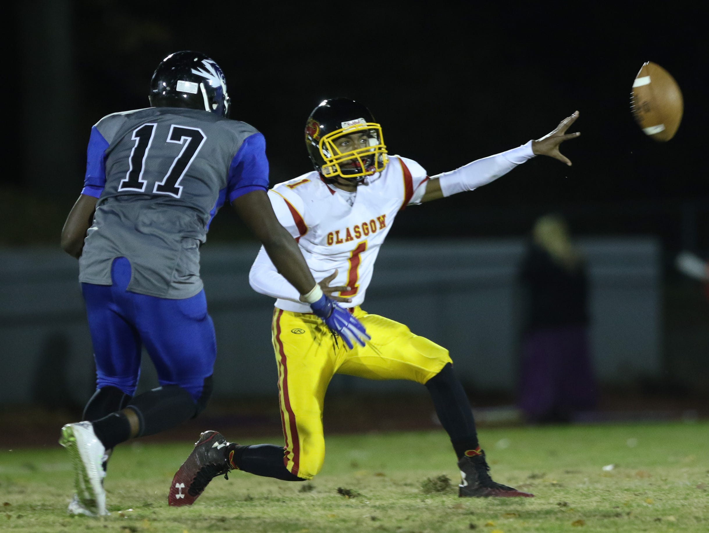 Glasgow quarterback Isaiah Wilson pitches the ball to a teammate in the second quarter. No. 3 Howard hosts No. 9 Glasgow at Baynard Stadium Thursday.