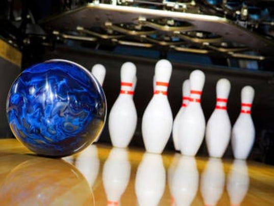 636165785115760561-bowling.jpg