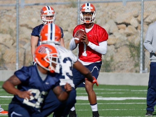 UTEP JC transfer Kai Locksley looks for a receiver