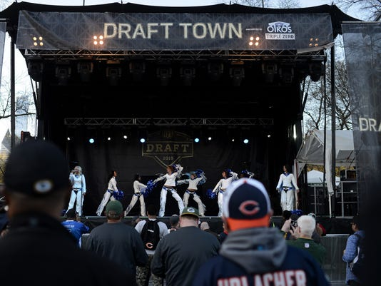 635660229049726686-GPG-KB-Drafttown06
