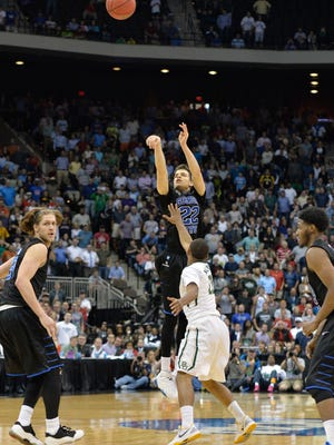 Georgia State Panthers guard R.J. Hunter (22) shoots the winning three point shot against the Baylor Bears with 2.8 seconds left in the second half of a game in the second round of the 2015 NCAA Tournament at Jacksonville Veteran Memorial Arena. Georgia State defeated the Baylor Bears, 57-56.