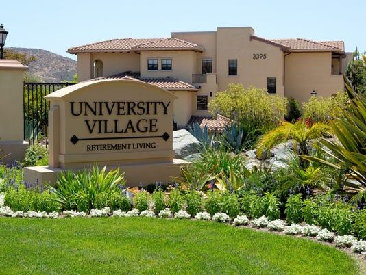 636196729957788270-University-Village-Thousand-Oaks-Landscaping-Award.jpg
