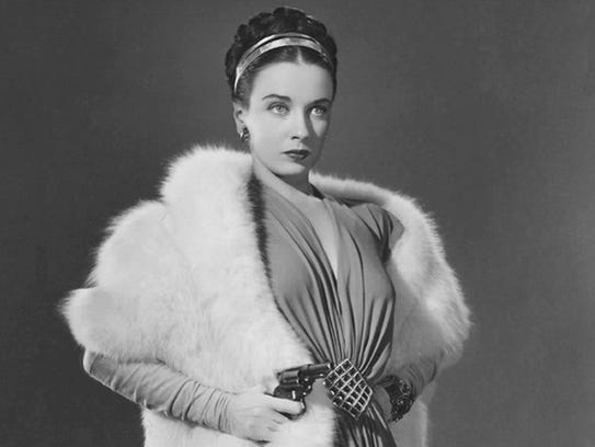 Patricia Morison in Dressed to Kill  (1946)
