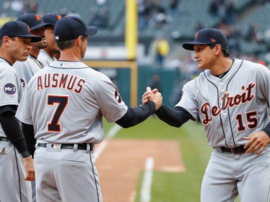 Tigers rightfielder Mikie Mahtook (15) is greeted by