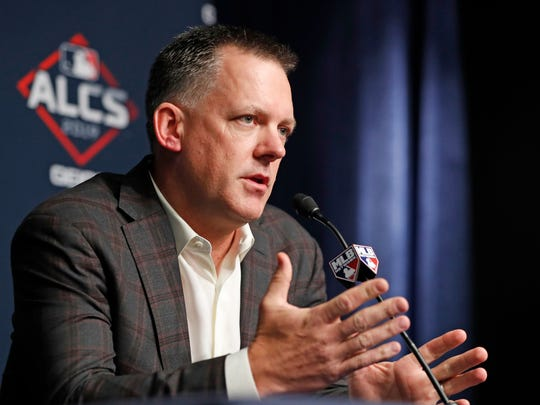 Houston Astros manager AJ Hinch answers reporters' questions Monday, October 14, 2019, during a press conference at Yankee Stadium in New York on a holiday during the American League Championship. Series between Astros and the New York Yankees.  (AP Photo / Kathy Willens)