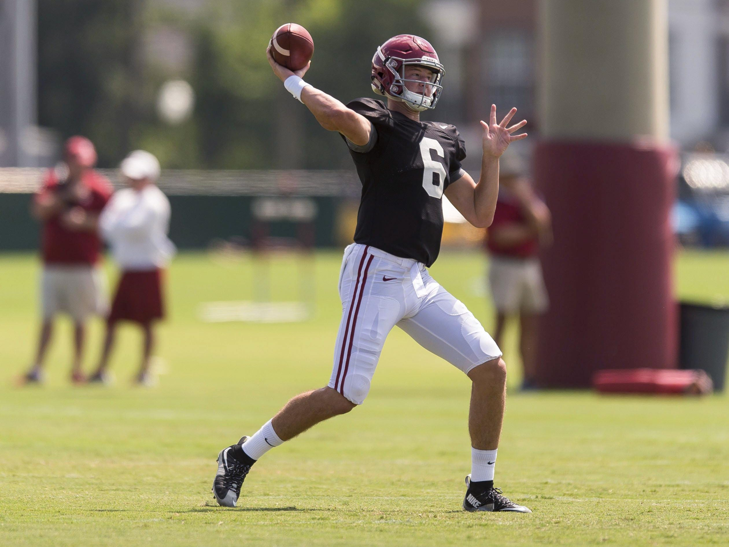 Alabama true freshman quarterback Blake Barnett has reportedly shown promise during preseason camp.