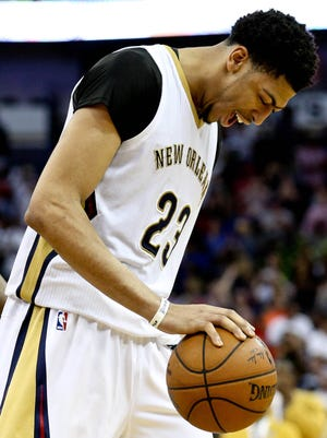 Anthony Davis scored 23 of his game-high 29 points int he second half.
