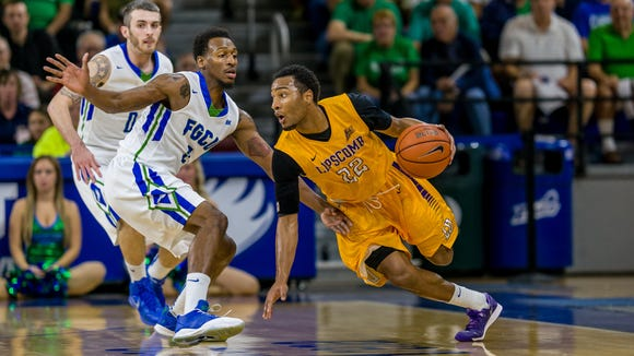 The only time FGCU won the ASUN regular-season title was back in 2013-14. Coach Joe Dooley was in his first season and Bernard Thompson (guarding on the ball), the Eagles' all-time leading scorer, and Brett Comer, the ASUN's all-time assists man, were juniors. At 8-1 in FGCU is in excellent shape to win its second ASUN regular-season crown.
