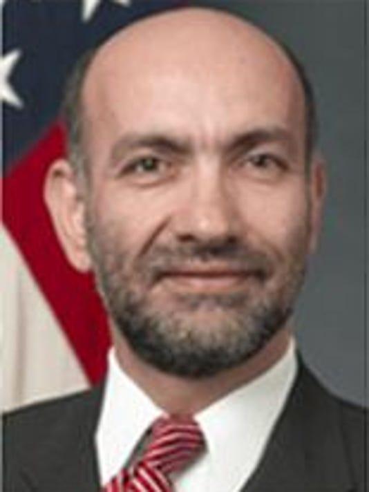 FTC1016.gg.scientist.brev1.JPG