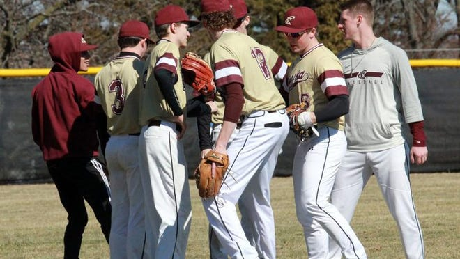 The Eureka College baseball team announced the addition of 11 players Tuesday, including three from the Mid-Illini Conference.