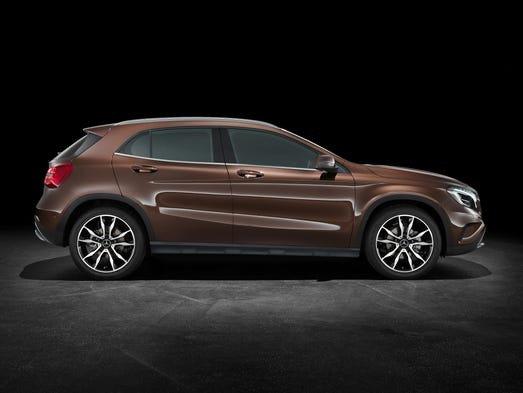 Mercedes benz will bring smallest suv yet for u s for Smallest mercedes benz