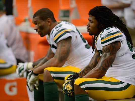 Jamari Lattimore, Julius Peppers