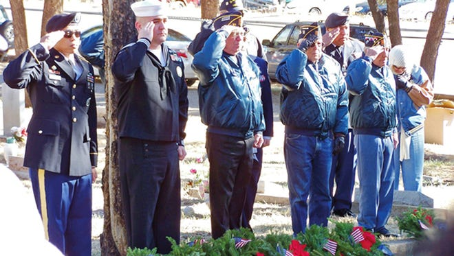 Volunteers will lay wreaths Saturday on veterans' graves at Forest Lawn. The observances are part of the Wreaths Across American program.
