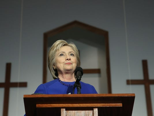 Hillary Clinton Meets With Mothers Who Lost Children To Gun Violence