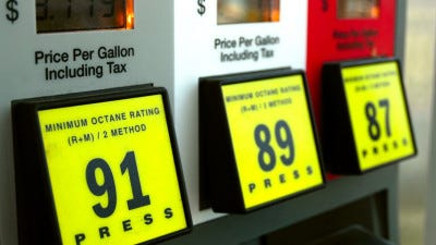 The national average gasoline price dropped by nearly two cents a gallon over the past week.