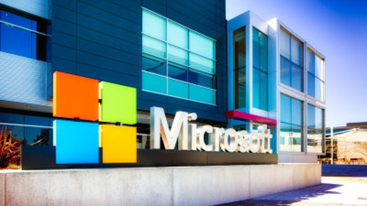 Microsoft reports solid quarterly earnings and racks up more cloud customers