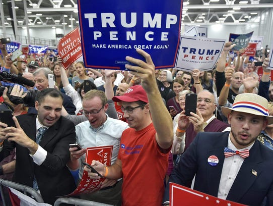 Supporters cheer as Republican presidential nominee