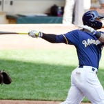 Brewers offense stays quiet in 3-1 loss to Pirates