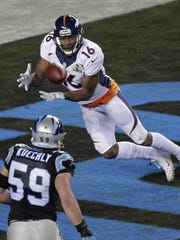 Denver Broncos' receiver Bennie Fowler catches a two-point conversion from Peyton Manning late in the fourth quarter of Super Bowl 50 Sunday in Santa Clara, Calif. (Charlie Riedel / AP)