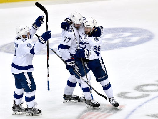 Lightning Storm Back To Beat Penguins In OT, Take 3-2 Series Lead